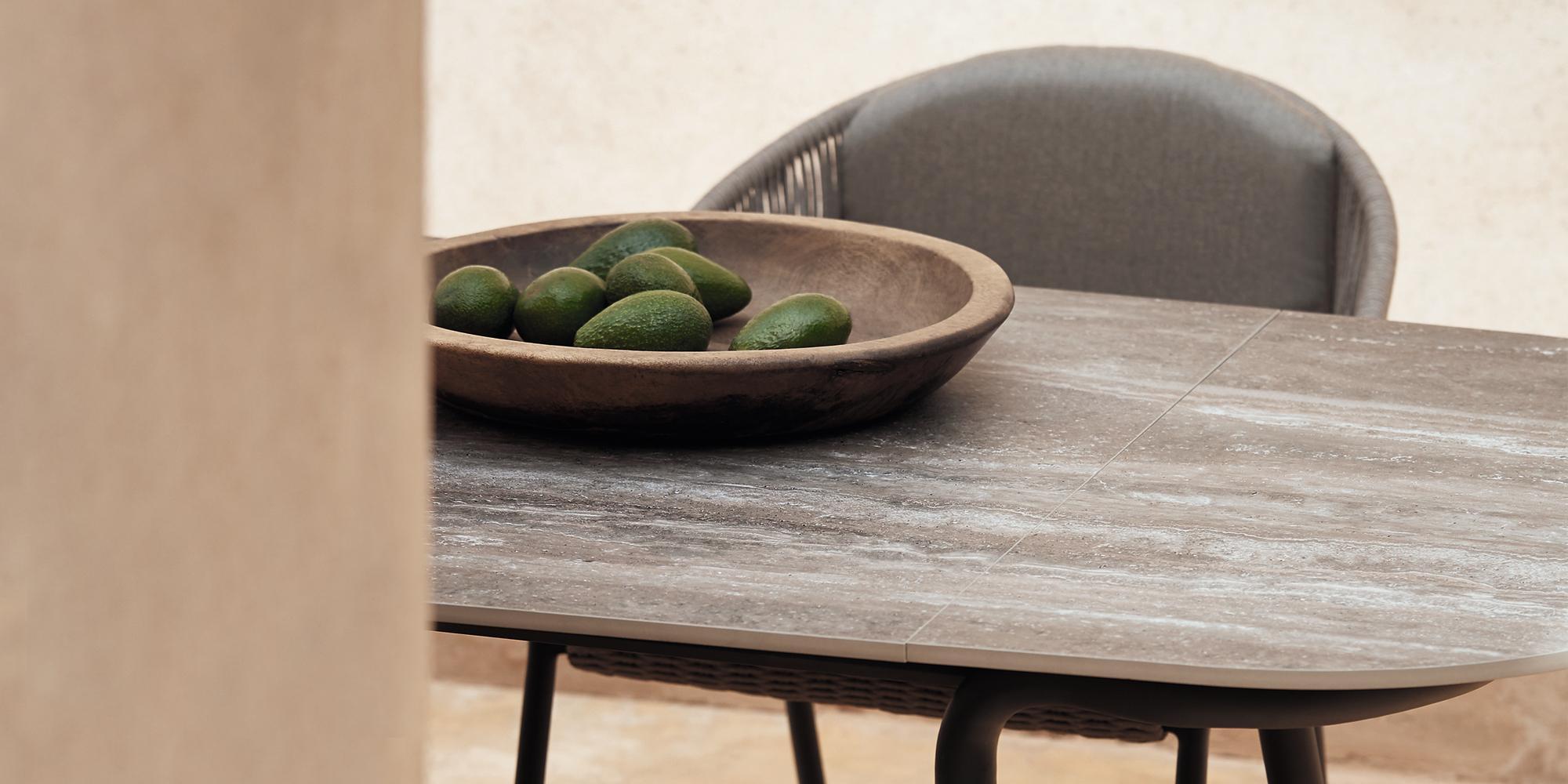 Minus-Tischkollektion