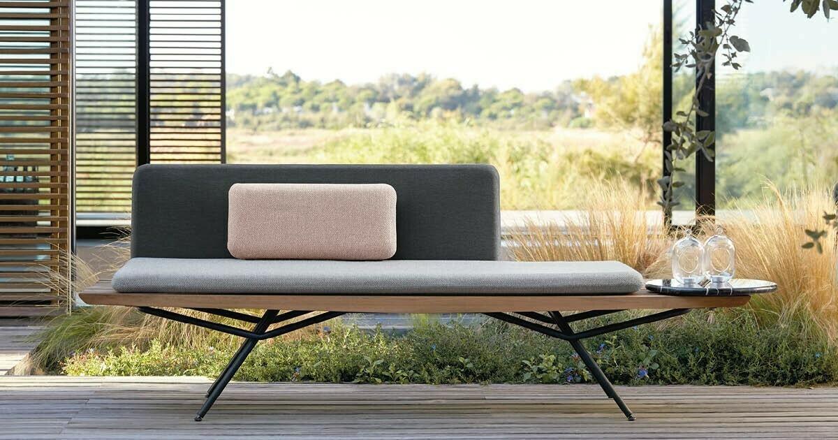 San sofa