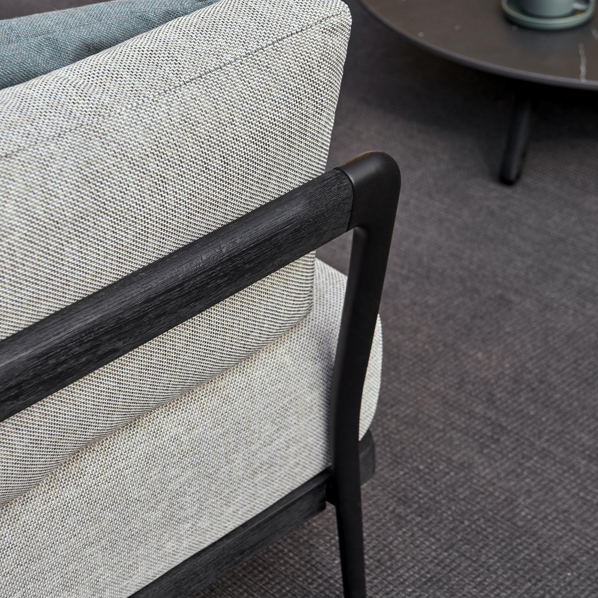 Flex Lounge Chairs