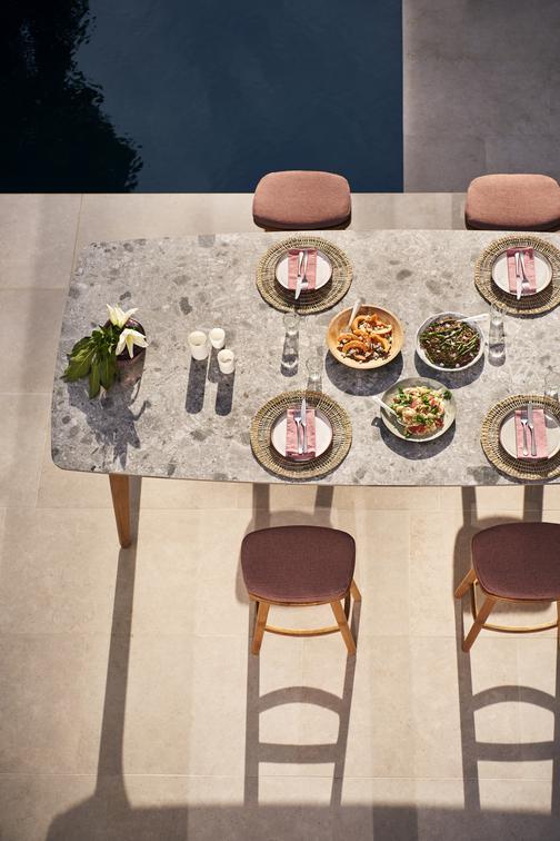 Torsa Tables à manger