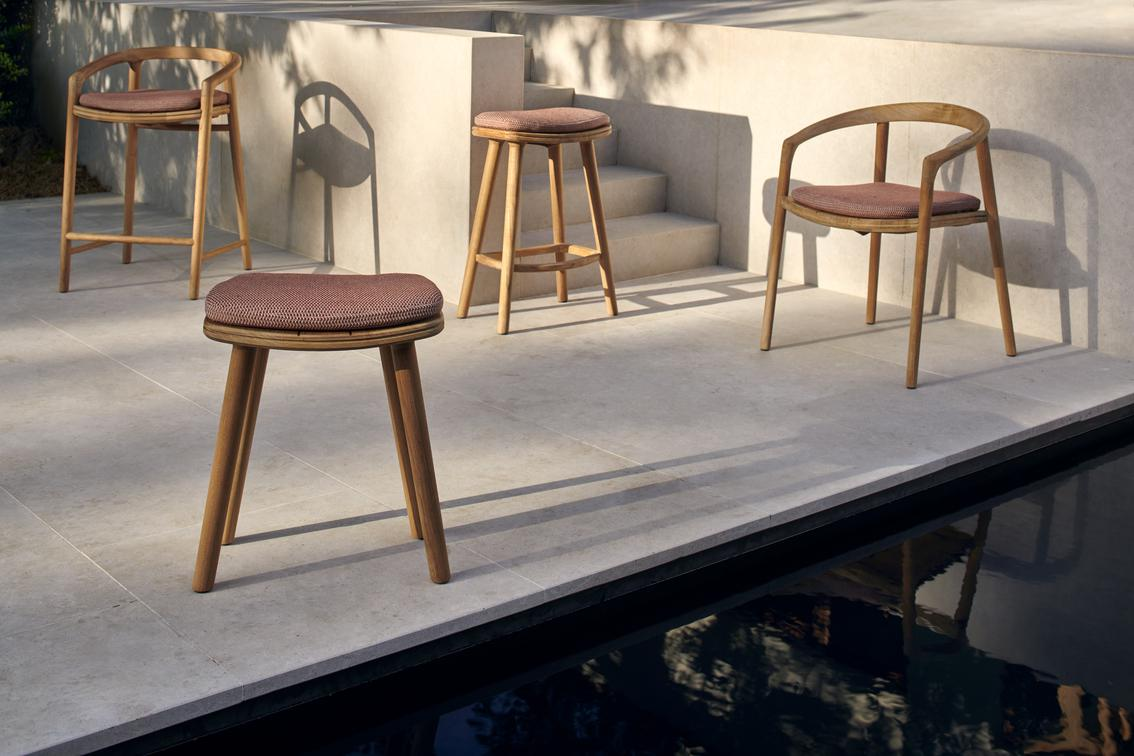 Solid Bar Stools