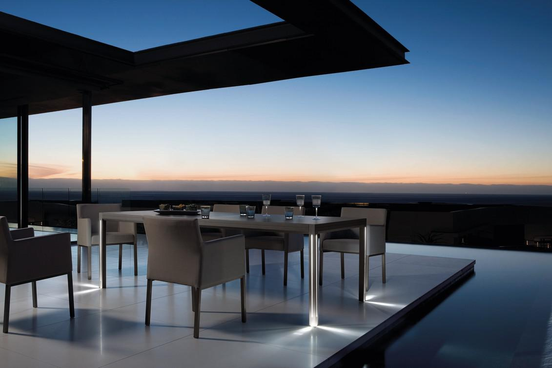 Luna Dining Tables