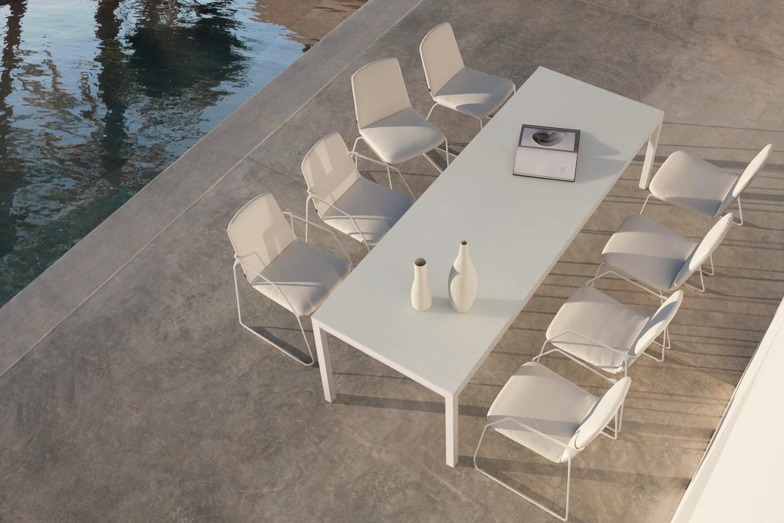 Loop Chairs