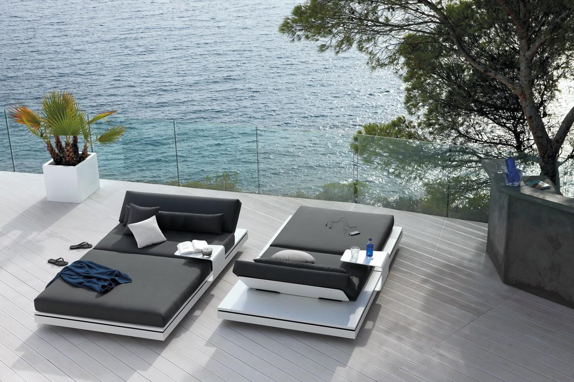 Elements Loungers