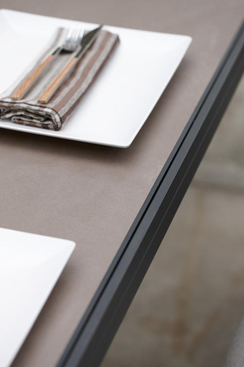 Luna Tables à manger