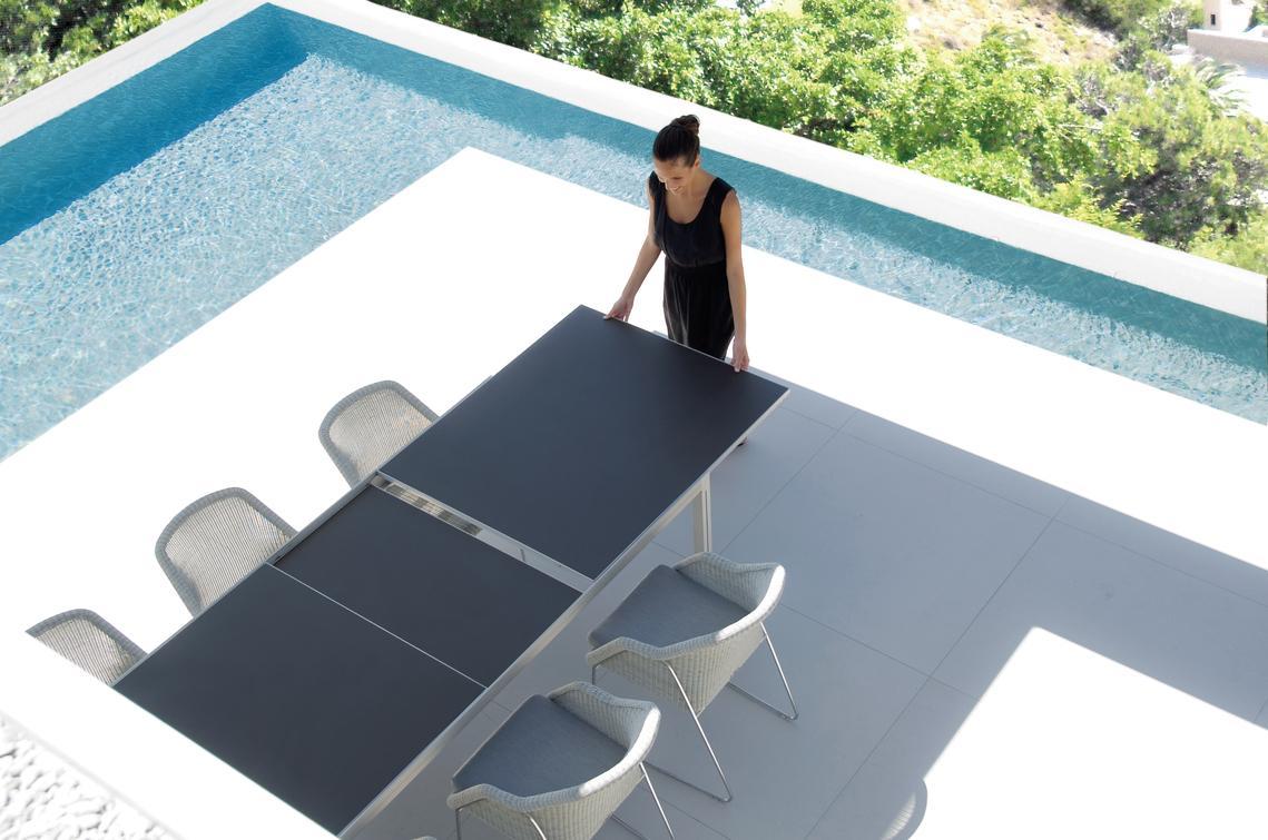 Luna Dining Tables