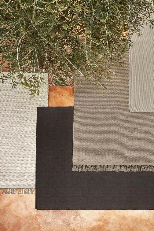Linear Tapis outdoor